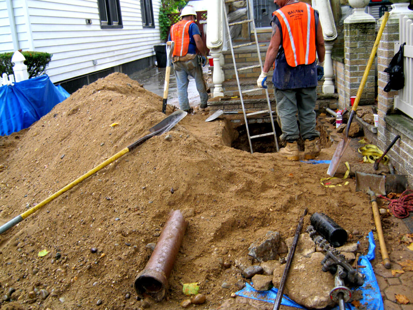 Jonesboro Septic Tank Services, Installation, & Repairs Header Image-We offer Septic Service & Repairs, Septic Tank Installations, Septic Tank Cleaning, Commercial, Septic System, Drain Cleaning, Line Snaking, Portable Toilet, Grease Trap Pumping & Cleaning, Septic Tank Pumping, Sewage Pump, Sewer Line Repair, Septic Tank Replacement, Septic Maintenance, Sewer Line Replacement, Porta Potty Rentals